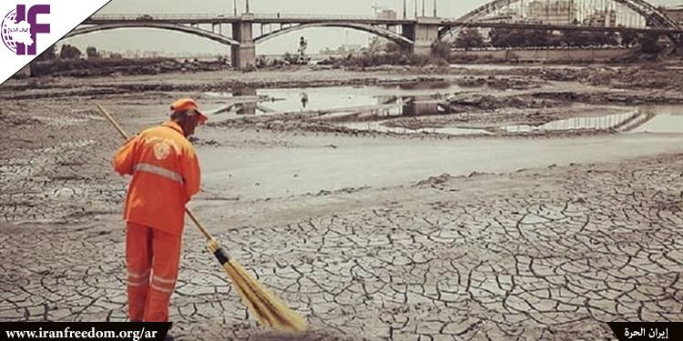 احتجاجات المياه في إيران تعكس وعي الشعب الأيراني بالفساد طويل الأمد