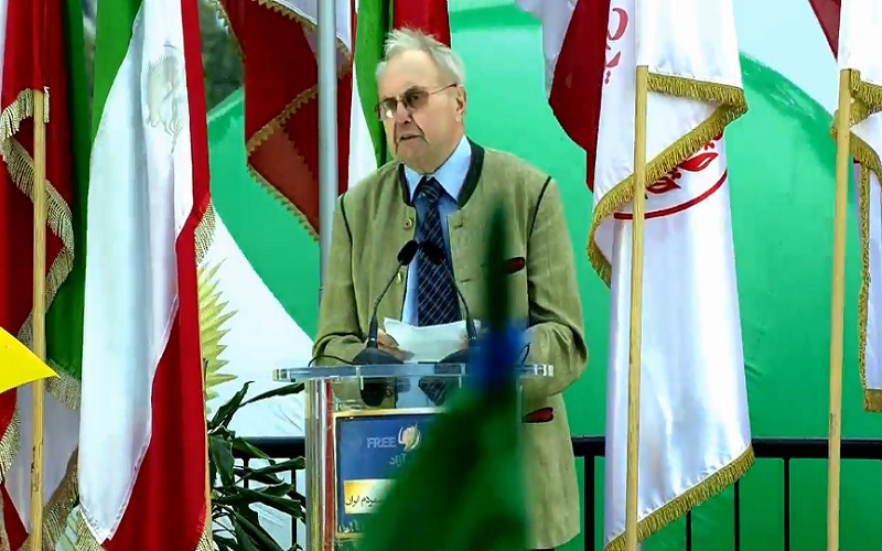 """Eduard Lintner, former German deputy interior minister, delivering his speech at the """"Free Iran"""" rally in Berlin - July 6, 2019"""