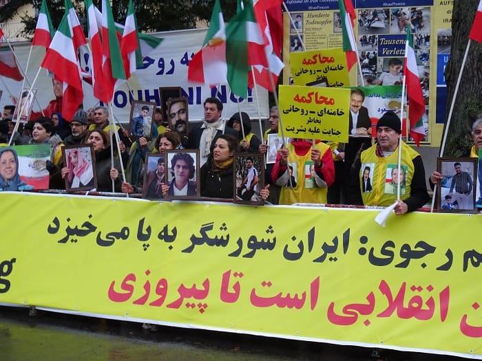 Supporters of MEK/PMOI in Berlin