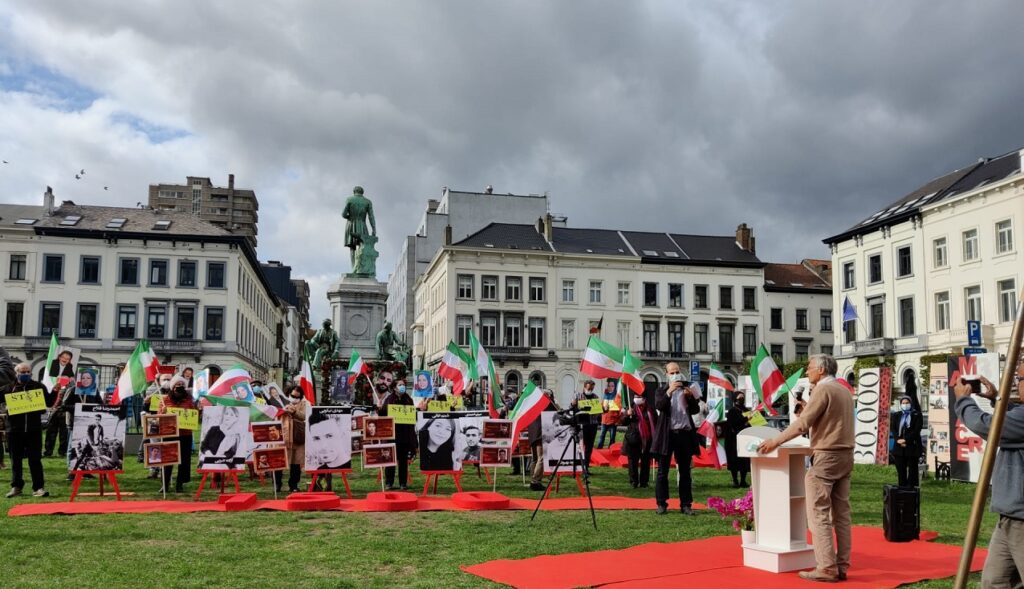 Iranians Rally In Front of EU Headquarter in Brussels To Condemn Human Rights Violations in Iran