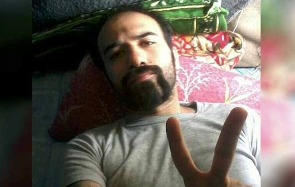 Reports indicate that the family of political prisoner Soheil Arabi is worried about his fate. Two weeks after transferring this political prisoner to solitary confinement in Gohar Dasht Prison, his family has no information about his condition.